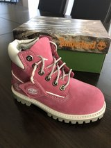 Brand new pink Timberland boots! Sz 10 in Bolingbrook, Illinois