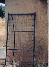 Twin frame in Yucca Valley, California
