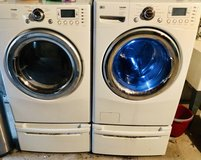 Washer- Dryer and pedestals in Joliet, Illinois