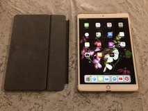 """iPad Pro 10.5"""" w/ Apple Smart Keyboard and Compatible Case in Okinawa, Japan"""