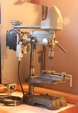 Drill press with vice in Palatine, Illinois