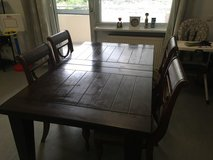 Dining Table, 6 Chairs 72L 42 w in Los Angeles, California