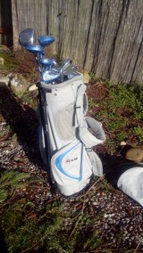 Ladies Ram Golf Club set with Golf Bag in Fort Lewis, Washington