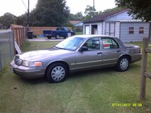 2009 Ford Crown Victoria, Clean in Conroe, Texas