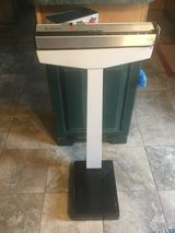 Scale Health O Meter Capacity 350 pounds. Model #230. Excellent condition perfect for office or ... in Joliet, Illinois