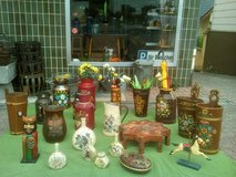 Antique & Vintage handpainted Farmhouse accesiries in good condition. in Wiesbaden, GE