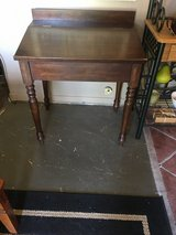 Sectery desk  22x 30 in The Woodlands, Texas