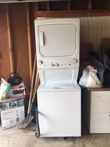Stackable GE washer and gas dryer for sale, $900 or best offer! in Orland Park, Illinois