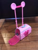 Minnie Mouse Pet Carrier/Roller in Palatine, Illinois