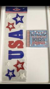 NEW SEALED Patriotic Kids 20 Songs CD & USA Window Gel Clings in Naperville, Illinois