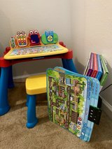 VTECH touch and learn activity desk deluxe in Fairfield, California