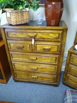 Oak 5 drawer chest of drawers in Bartlett, Illinois
