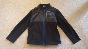North Face Boys 6 Fleece Jacket in Bartlett, Illinois