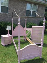 princess twin bedroom set in Fort Campbell, Kentucky
