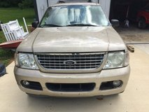 2004 Explorer Parting out in Fort Knox, Kentucky