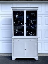 Beautiful china cabinet in Glendale Heights, Illinois