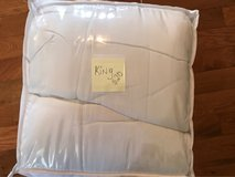 Comforter size King in Fort Knox, Kentucky