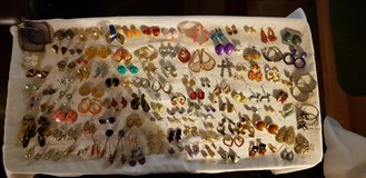 COSTUME JEWELRY EARRINGS in Plainfield, Illinois