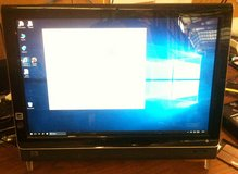 """hp TouchSmart 22"""" All-in-one , Core 2 Duo, 4 GB RAM, Windows10 in Fort Lewis, Washington"""