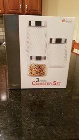 3 Piece Glass Cannister Set NEW in Chicago, Illinois