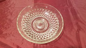 Large Glass Serving Bowl in Chicago, Illinois