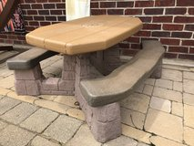 Step2 Naturally Playful Picnic Table in Joliet, Illinois