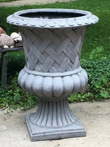 Large Garden Urn in Glendale Heights, Illinois