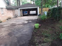 mowing/tree trimminng/ mulch in Houston, Texas