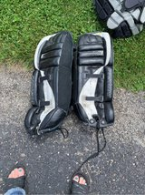 "28"" old goalie pads in St. Charles, Illinois"