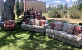 Living Room set.  2 couches and a chair in Alamogordo, New Mexico
