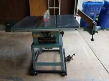 Delta Limited Edition Table Saw with Extras in DeKalb, Illinois