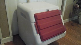 Large Dog Good/Pet Good Storage Bin in Naperville, Illinois