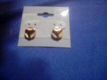 Good tone studs very classy looking $3.00 in Camp Lejeune, North Carolina