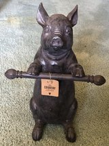 Piggie Figurine in Fairfield, California