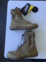 Coyote Brown, Minimalist Boot in Fairfield, California