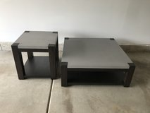 Contemporary coffee table and end table in Orland Park, Illinois