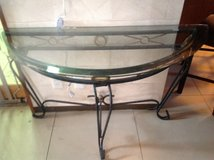 Set of tables, coffee table entrance table and 2 end tables in Okinawa, Japan