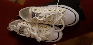 Converse All Star Womens 8 in Bartlett, Illinois