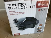 Electric Skillet (Brand-new) in Travis AFB, California
