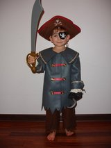 Halloween pirate costume in Naperville, Illinois