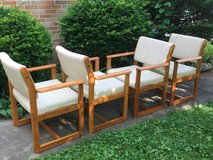 4 Chairs in St. Charles, Illinois