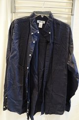 men blue button down shirt in Wiesbaden, GE