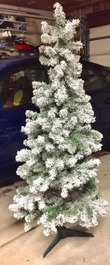 """5' 6"""" Snow Flocked Pine Christmas Tree w/Plastic Stand in St. Charles, Illinois"""