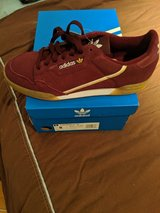 Red Adidas Continental 80 size 8 (41.5). Brand new! in Wiesbaden, GE