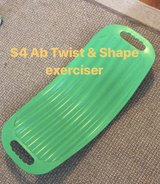 Twist and Shape ab exerciser in Fort Knox, Kentucky