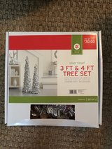 3ft & 4ft Tree set silver tinsel in Houston, Texas