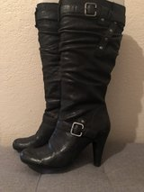 Women's size 6 1/2 guess knee high boots in Fairfield, California