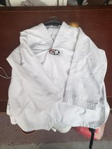 chidrens karate  uniform size 4 with belt in Beaufort, South Carolina