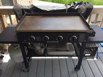 Blackstone 4 Burner Gridle Grill. in Fort Knox, Kentucky