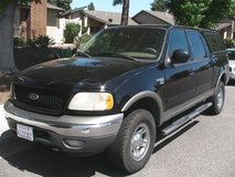 2001 Ford F-150 SuperCrew 4x4 Lariat in Camp Pendleton, California